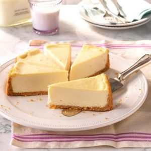 Vanilla cheesecake traditional style delivered in California